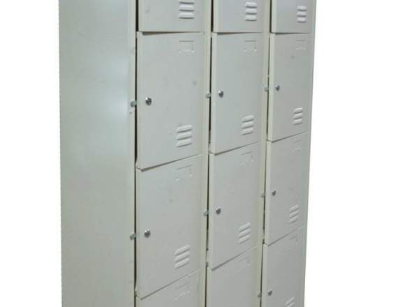 Lockers Metálico / Casilleros Metálicos 12 Puertas