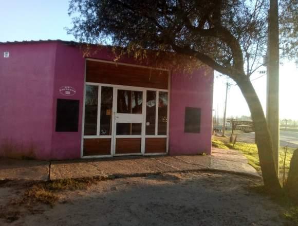 Oportunidad=Venta Casa+ Local en esquina+ Depósito