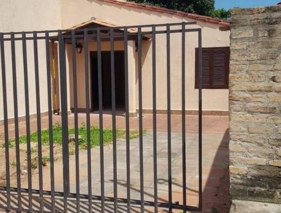 Vendemos casa en Villa Elisa cerca de Petropar