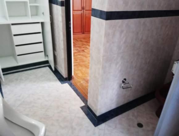 ARRIENDO DEPARTAMENTO DUPLEX  250 METROS