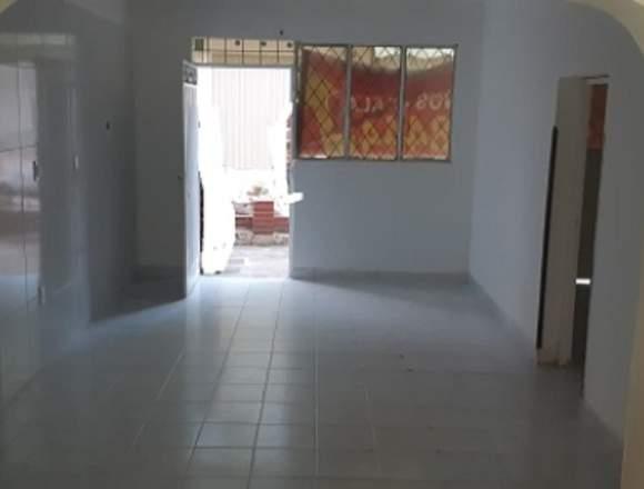 Apartamento con local en alto de llanito de girón
