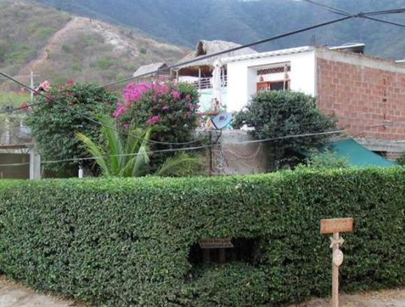 Hermosa Casa con Vista al Mar en Taganga