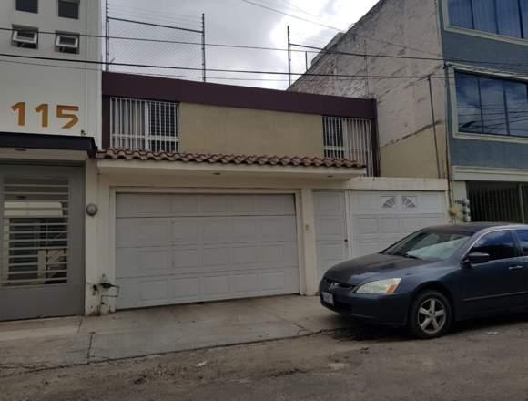 Excelente casa en León Moderno