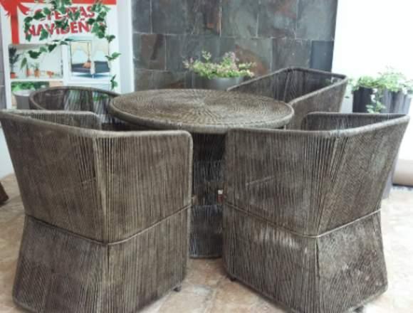 Muebles con tejido de ratan y fibra