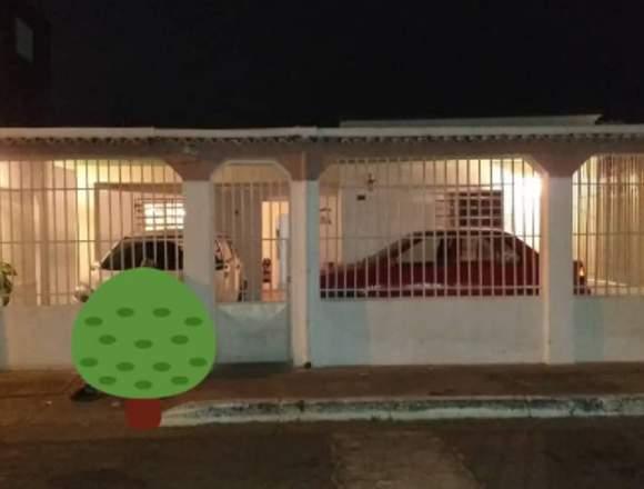 Casa en Valencia en Venta