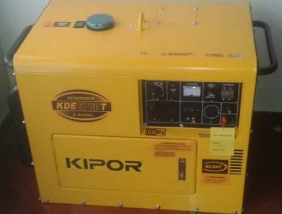 Planta Eléctrica Insonora Diesel 6700/5.5 Kva