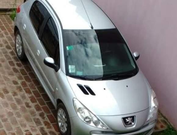 Peugeot 207 Compact 1.6 Allure
