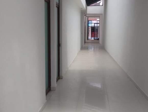 Rento 7 locales nuevos en el centro de Tepic