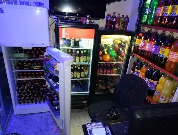 Bar licorera,tienda,comidas y vivienda