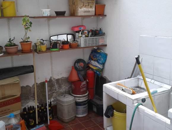 CASA EN CARCELEN - URB. LOS MASTODONTES