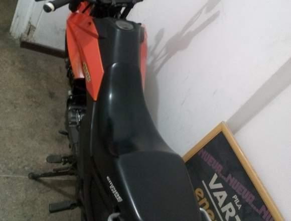 moto tx naranja 600$