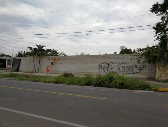 VENDO PROPIEDAD EN EL RECINTO CUATRO MANGAS