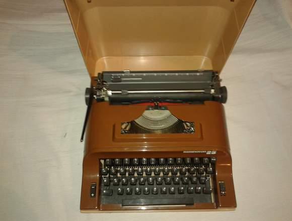 Maquina de escribir de viaje