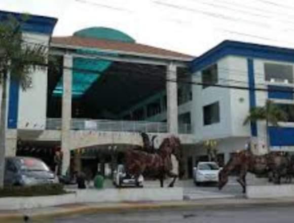 Local Comercial en la Plaza Velero en Punta Cana