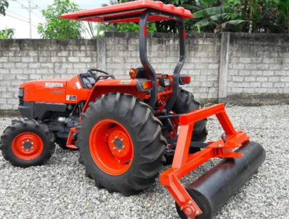 Tractor agrícola Kubota L4400