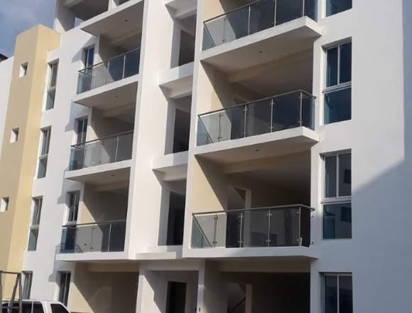 Construcciones de apartamentos en proceso.
