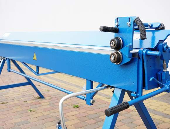 Plegadora  para aluminio de 2,6 metros
