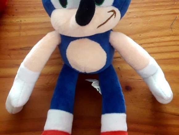 Peluche Sonic nuevo