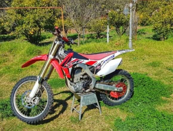Se venden dos motos marca Hondas
