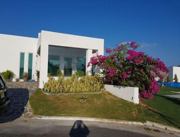 Venta de Hermosa Casa de Playa en Ibiza Residences