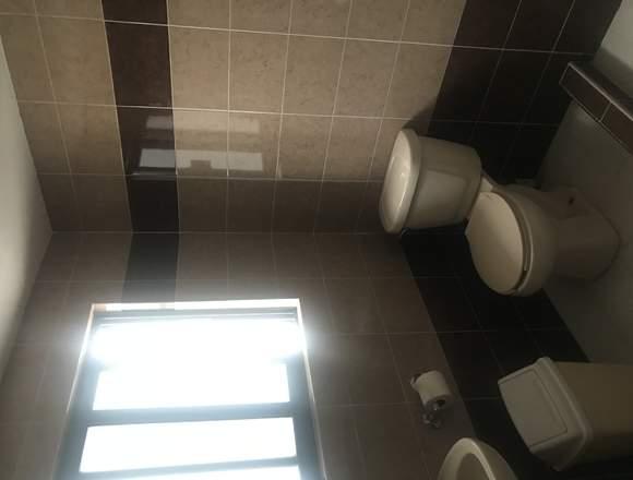 Casa en Venta con 4 recamaras y 2 baños completos