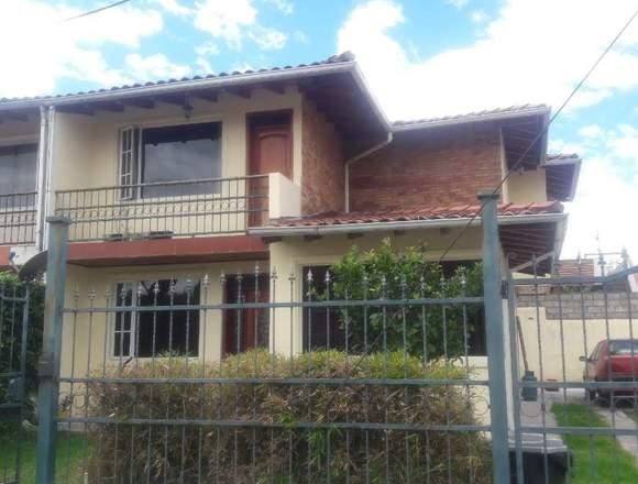 Hermosa casa de venta en el valle de los Chillos