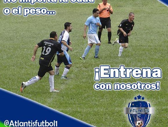Entrenamiento de Fútbol 11 para adultos