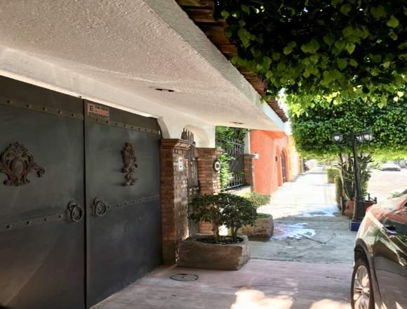 Se vende casa en jardines del toreo