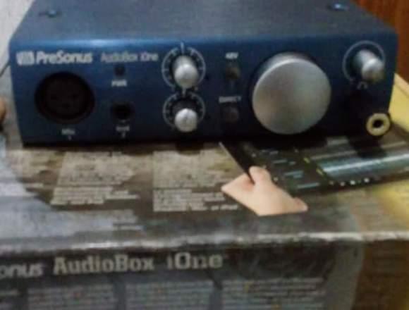Placa de sonido PreSonus Ione como nueva