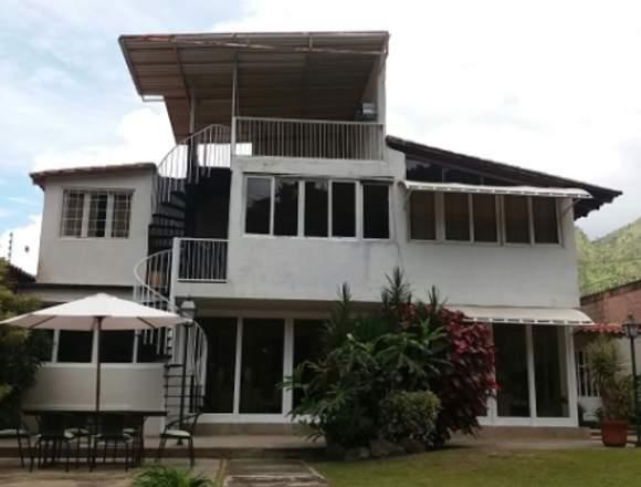 Casa en el Centro Res. El Castaño LDC-025