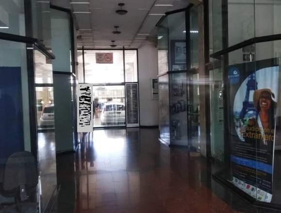 Oficina en el Centro Profesional Aragua LDO-015