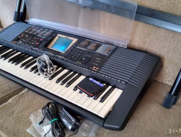 Piano Yamaha PSR 530 Controlador MIDI USB PCompoce
