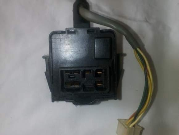 VENDO SWICHT interruptor de luces aveo ,spark