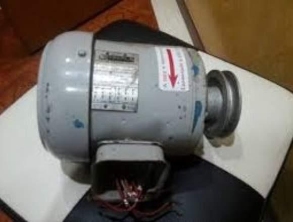 Motor de induccion marca eberle de 1.15hp 220 v