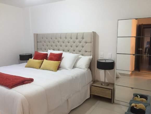 Apartamento en venta en La Villa Zona 14