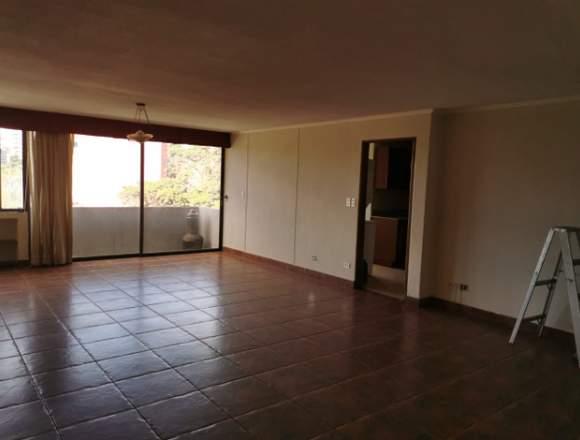 Apartamento en alquiler en Villareal Zona 10.