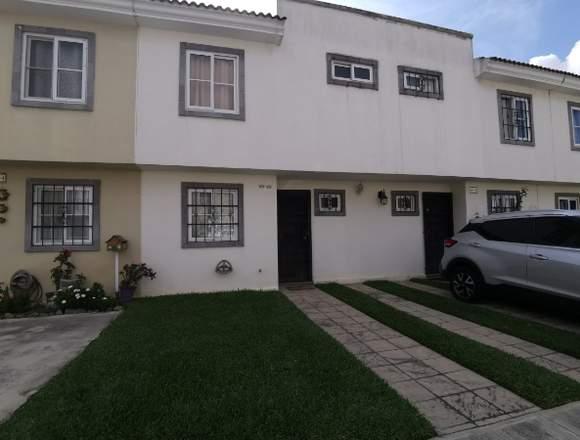 Casa en venta Alamedas de Santa Rita Villa Nueva