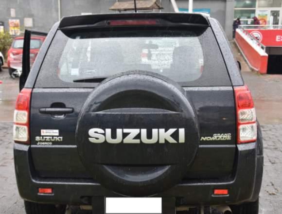 Se vende SUZUKI GRAND NOMADE 2015