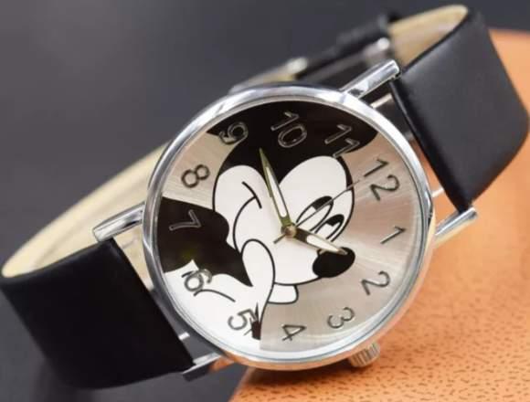 Reloj diseño mikey mouse