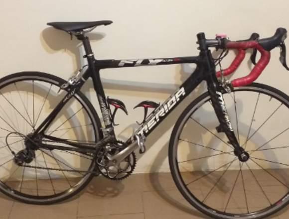BICICLETA MERIDA 700
