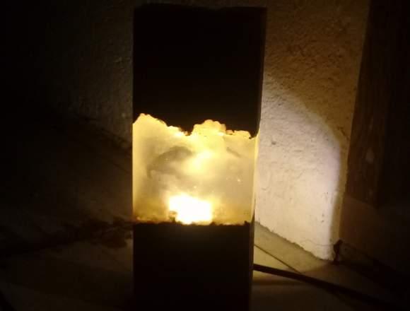 Lámpara Nébula Led En Resina Y Madera