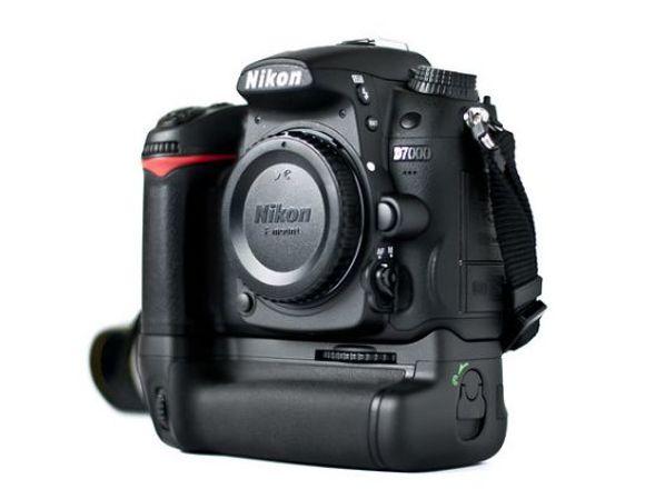 Nikon D7000 - Solo Cuerpo
