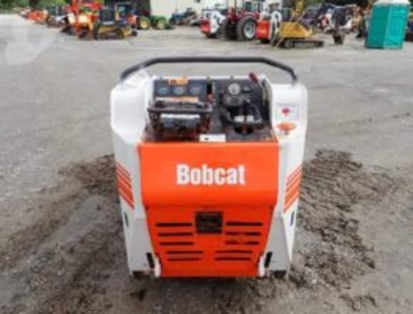 2014   BOBCAT   MT52
