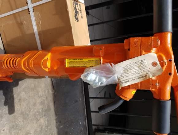 reparación y mantenimiento de perforadoras