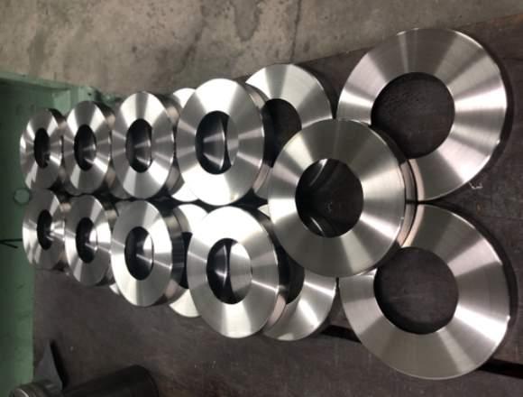 Repujado de metales en torno 3136452966