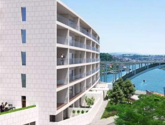 Apartamento T2 novo, em condominio de luxo
