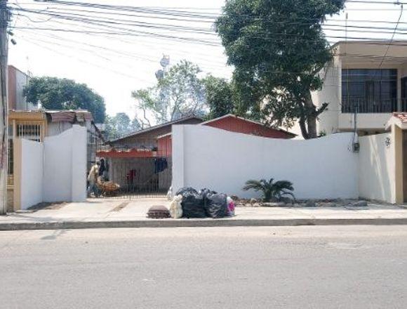 Se Vende Terreno 400mts² / Pleno Centro de Machala
