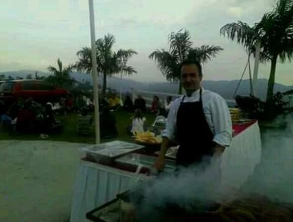 Agencia de Festejos. Mesoneros y cocineros.