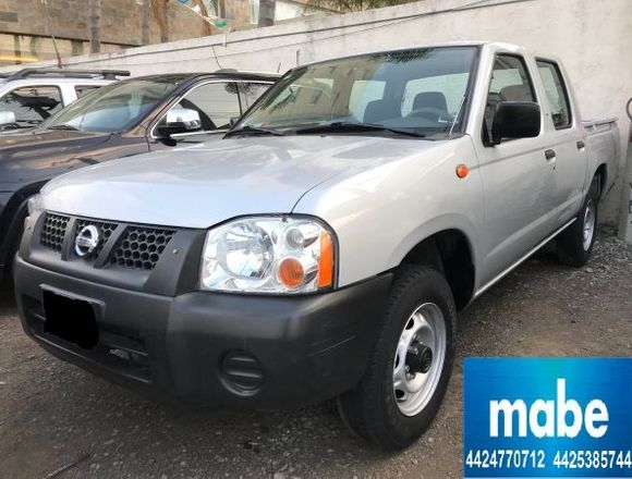 nissan pick up  2014