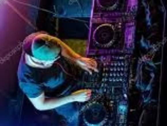 SERVICIOS COMO  DISC JOCKEY (DJ) PROFESIONAL